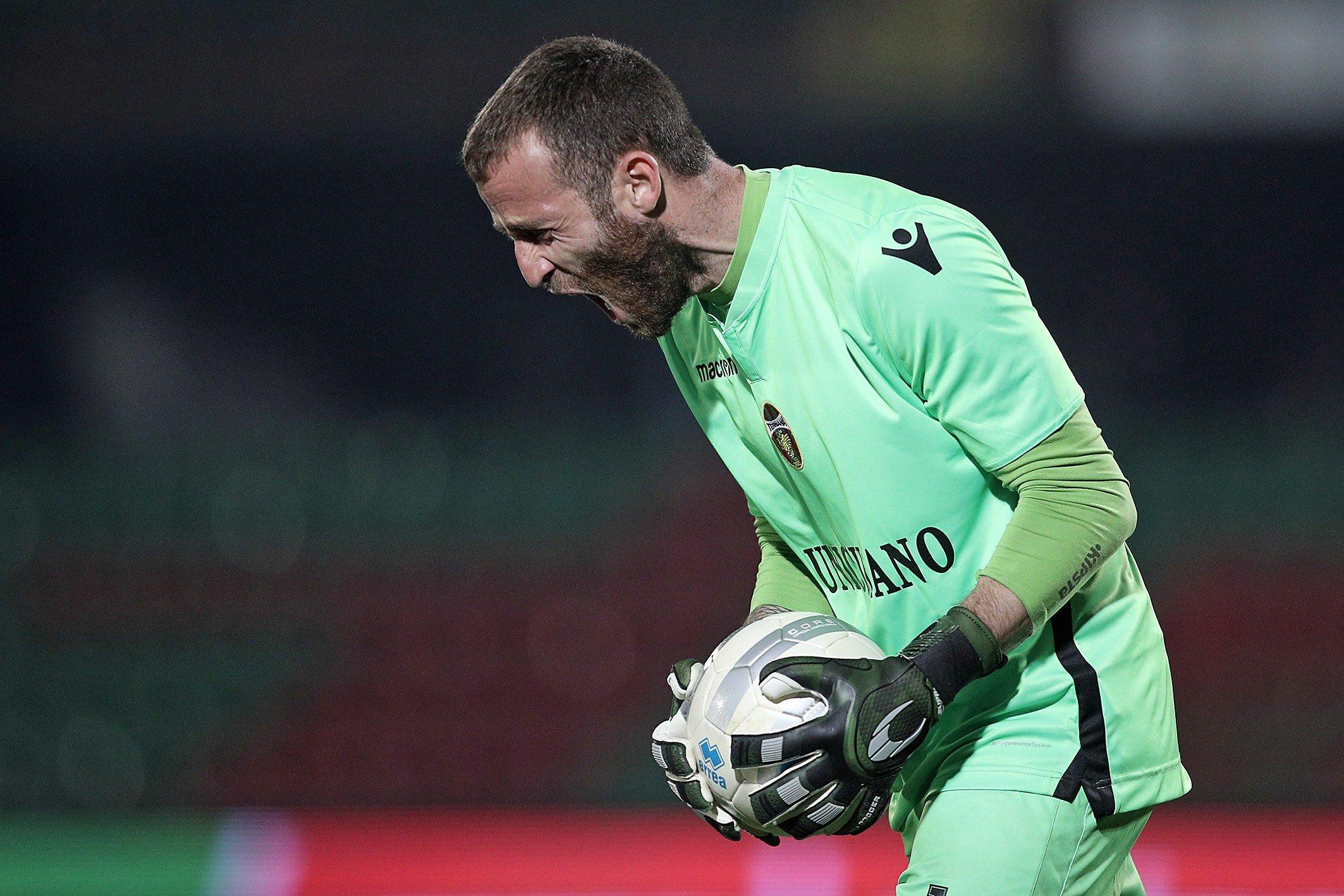 Calcio - Lega Pro - La Ternana tenta la fuga contro il Teramo e la guida  Antony Iannarilli - Gente Comune